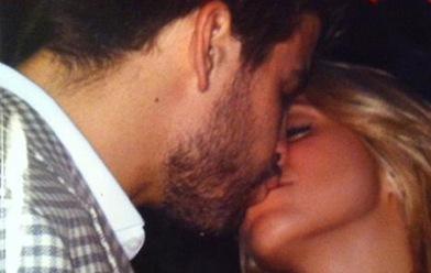 Shakira-Pique-y-el-beso