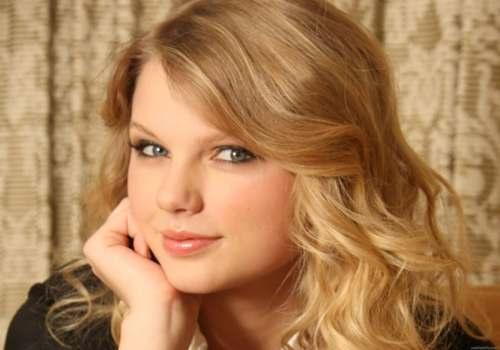 Taylor Swift Festejará su Cumpleaños Número 23 y se irá de Gira por USA
