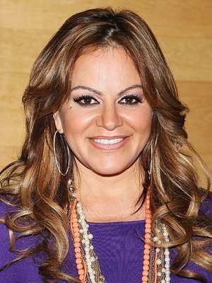 Muere Jenni Rivera tras desplomarse Avión en el que viajaba