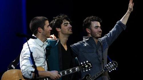 Jonas-Brothers-adolescente-Vina-Mar