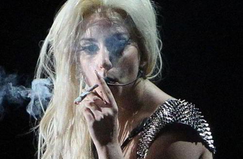 lady-gaga-marihuana